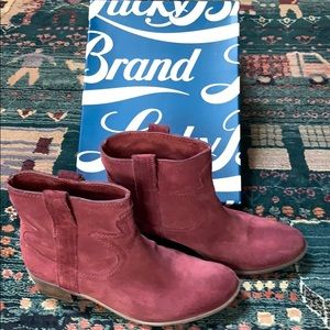 Lucky red suede boots